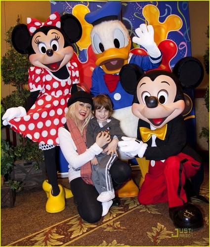 Christina & Max @ Disneyland