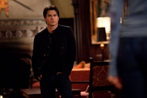 "Damon 2x12 ""The Descent"" Episode still"