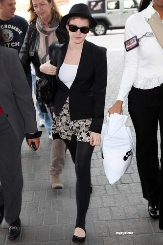 Emma Watson: Farewell, Los Angeles!(January 8)