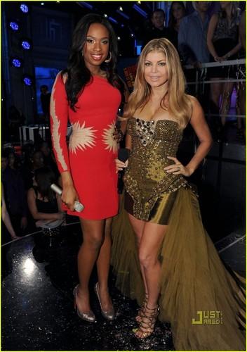 Fergie & Jennifer Hudson: 'Feelin' Good' on New Year's Eve!