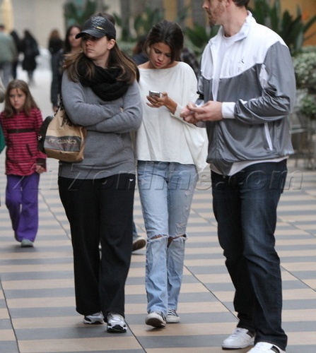 January 8 - At Sherman Oaks Galleria Mall,2011