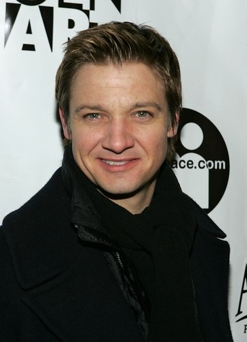 Jeremy Renner wallpaper possibly containing a portrait entitled Jeremy @ Sundance Celebration - 2006
