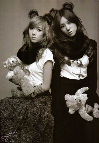 girls generation snsd jessica. Jessica amp; Tiffany