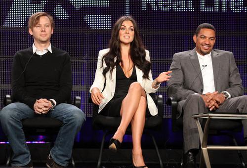 Jimmi Simpson, Serinda angsa, swan & Laz Alonso @ the 'Breakout Kings' Panel @ the 2011 TCA Press Tour
