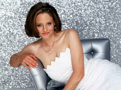 Jodie Foster Hintergrund possibly containing a portrait titled Jodie