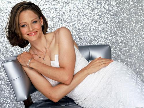 Jodie Foster fond d'écran probably containing skin and a portrait called Jodie