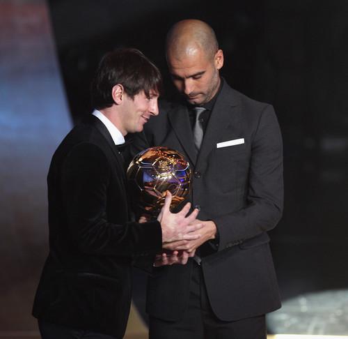 Lionel Messi wins 2010 Fifa Ballon d'Or!