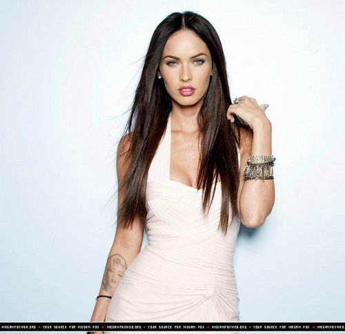 Megan Fox wallpaper probably containing a dinner dress, a cocktail dress, and a strapless called Megan Fox photoshoot