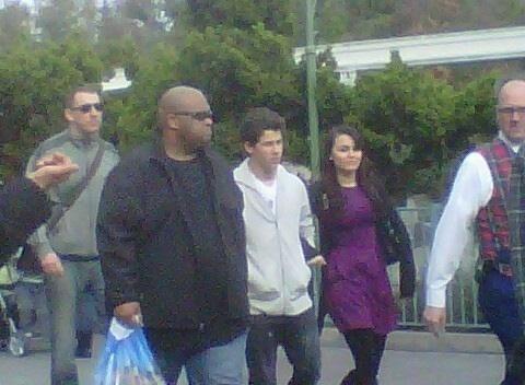 Nick Jonas & Samantha Barks: Disneyland Date!