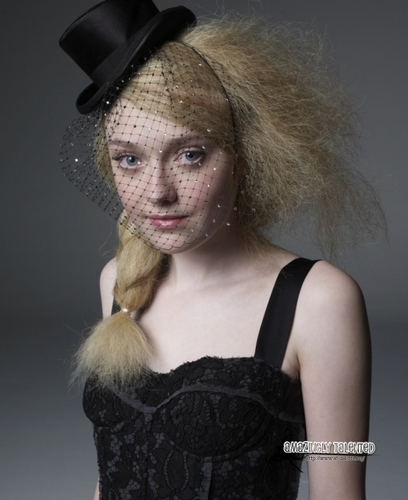 Outtakes Of Dakota Fanning door Photographer Tesh!