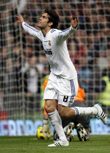 Real Madrid (4) vs VillaReal (2)