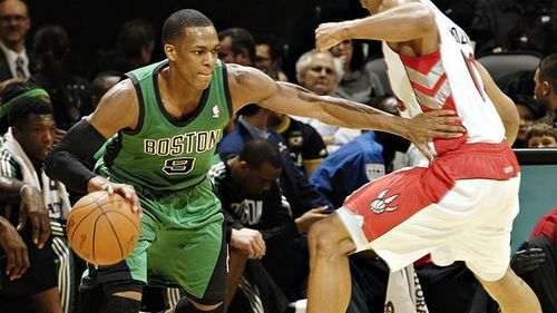 Rajon Rondo Hintergrund with a basketball, a dribbler, and a basketball player entitled Rondo