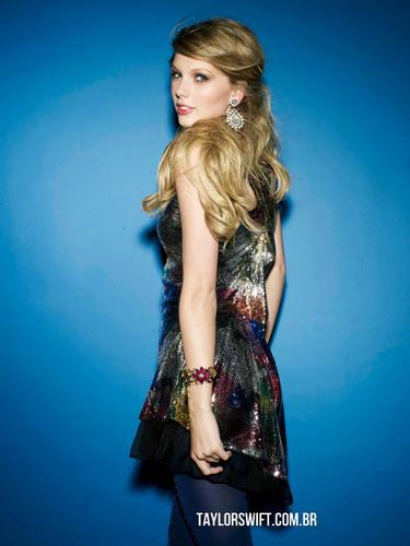 Anichu90 images Taylor Swift - Photoshoot #127: Seventeen ...  Anichu90 images...