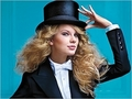 Taylor Swift - Photoshoot #130: Entertainment Weekly (2010)