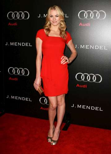 Yvonne Strahovski @ the 'Audi & J Mendel Celebrate the 2011 Golden Globe Awards' Event