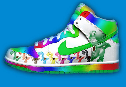 Yoshi wallpaper containing a running shoe called special shoe