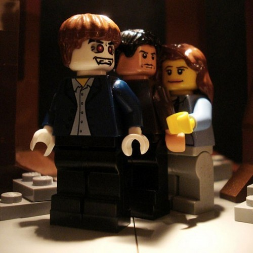 'New Moon' Scene Recreated With Legos!