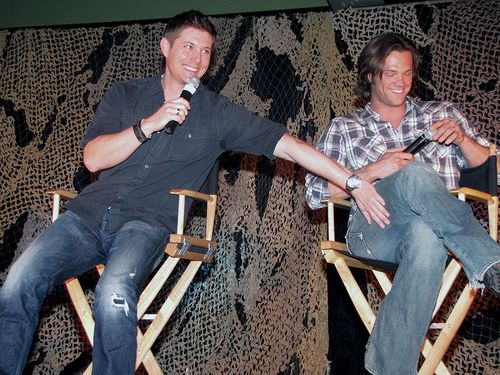 Winchester's Journal wallpaper titled 2010 - The Salute To Supernatural LA Convention