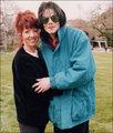 AWWWW MiCHAEL <3 LOVE NIKS95 - michael-jackson photo