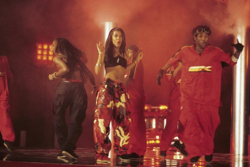 Aaliyah wallpaper with a concert called Aaliyah On Set
