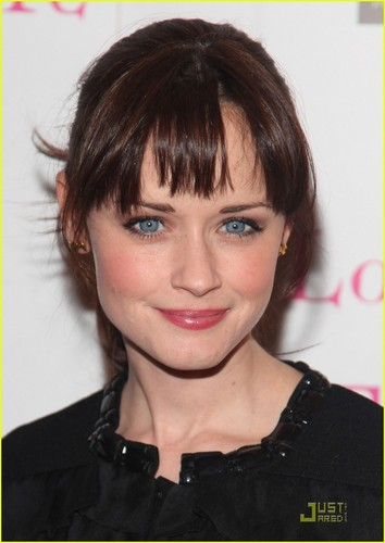 Alexis Bledel@500th Love, Loss, and What I Wore performance