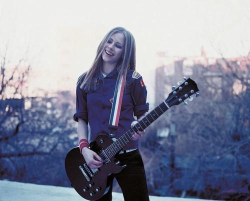 Avril Lavigne - Photoshoot #001: Let Go album (2002)