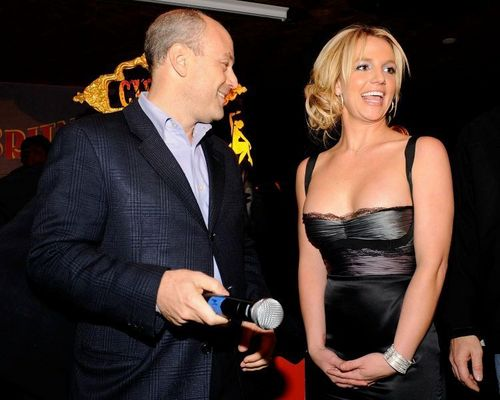 Britney celebraties her 27th birthday party at Tenjune,2008