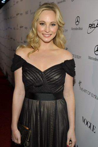 """Candice at 'The 2011 Art Of Elysium """"Heaven"""" Gala' - Red Carpet"""