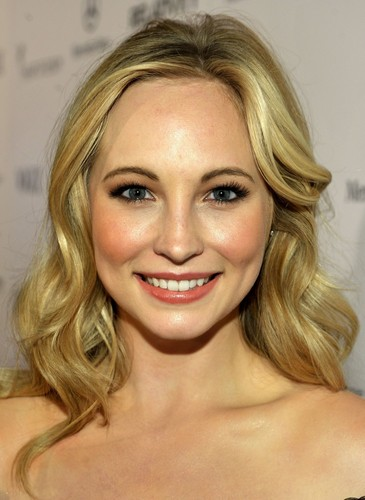 "Candice at 'The 2011 Art Of Elysium ""Heaven"" Gala' - Red Carpet"