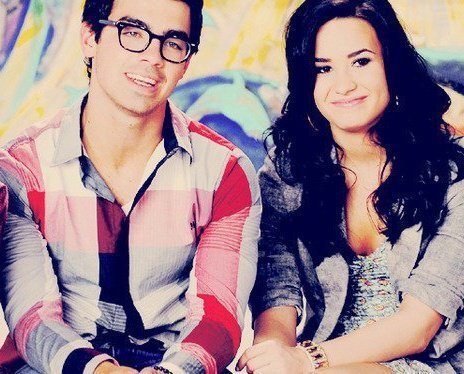 Jemi wallpaper probably containing a portrait titled Derzzie         joe and demi