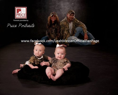 Family Pictures<3