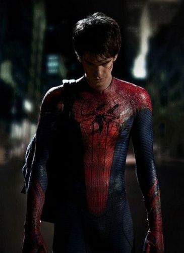 First Image of Andrew Garfield in Suit!!!
