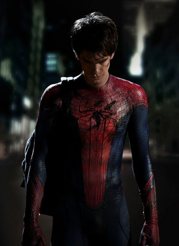 First Look at Spiderman - Suited Promotional litrato
