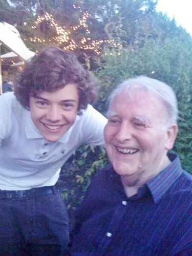 Flirty Harry Wiv His Grandad 100% Real :) x