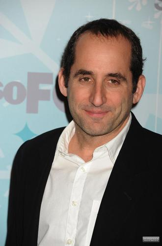 Peter Jacobson wallpaper containing a business suit and a suit entitled Fox All-Star Party [January 11, 2011]