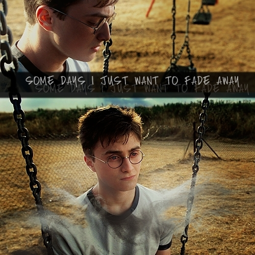 Harry James Potter wallpaper containing a swing called Harry <3