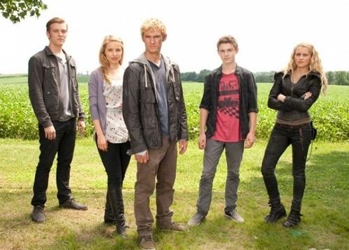 I AM NUMBER FOUR cast!!