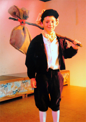 Irish Cutie Niall Actig In A School Play 100% Real :) x