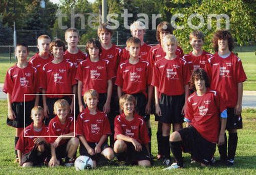 Justin bóng đá team
