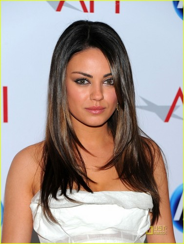 Mila Kunis wallpaper with a portrait and attractiveness called Mila @ 2011 AFI Awards