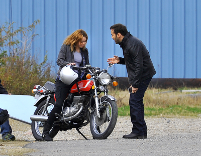 """Miley on """"So Undercover"""" Set"""