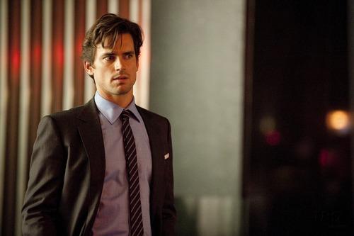 White collier fond d'écran containing a business suit, a suit, and a three piece suit entitled Neal Caffrey