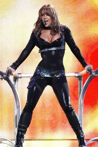 Britney Spears kertas dinding with tights titled Onyx Hotel Tour in Miami,March 28,2004