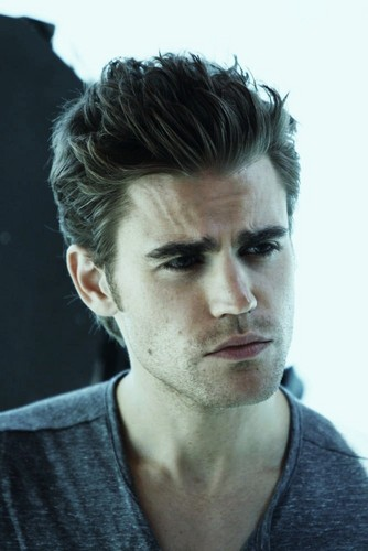 Paul Wesley wallpaper probably containing a portrait titled Paul Wesley ♥