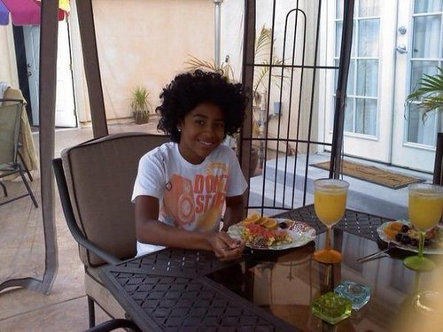 Mindless Behavior images Princeton eating(: wallpaper and background photos