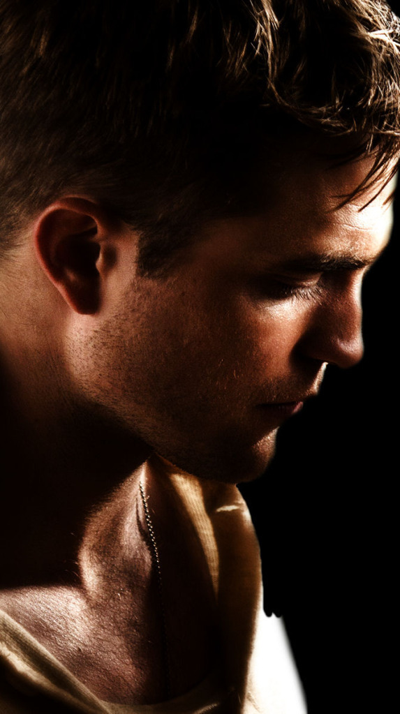Rob as Jacob - Water f... Robert Pattinson News