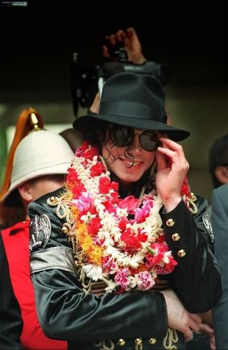 michael <3 i upendo wewe forever (niks95)