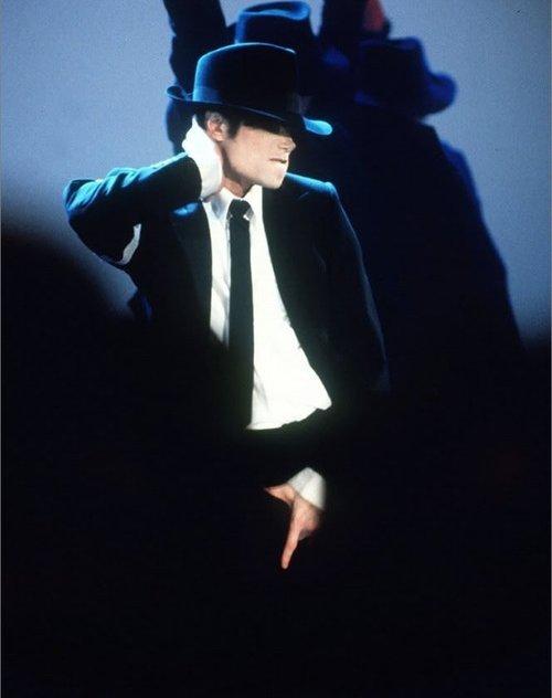 michael <3 i 사랑 당신 forever (niks95)