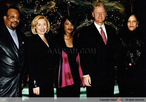 Aaliyah with Bill & Hillary Clinton
