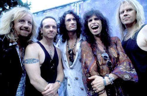 Aerosmith Hintergrund probably containing a portrait called Aerosmith
